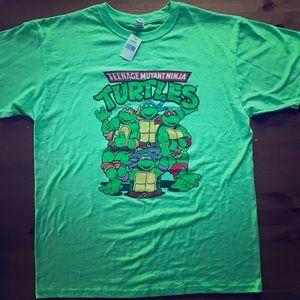 NWT Teenage Mutant Ninja Turtles Large print shirt